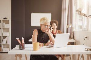 Horário flexível: como e porque oferecer aos colaboradores?