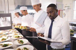12 cuidados na gestão de um restaurante interno e como isso pode mudar seu negócio
