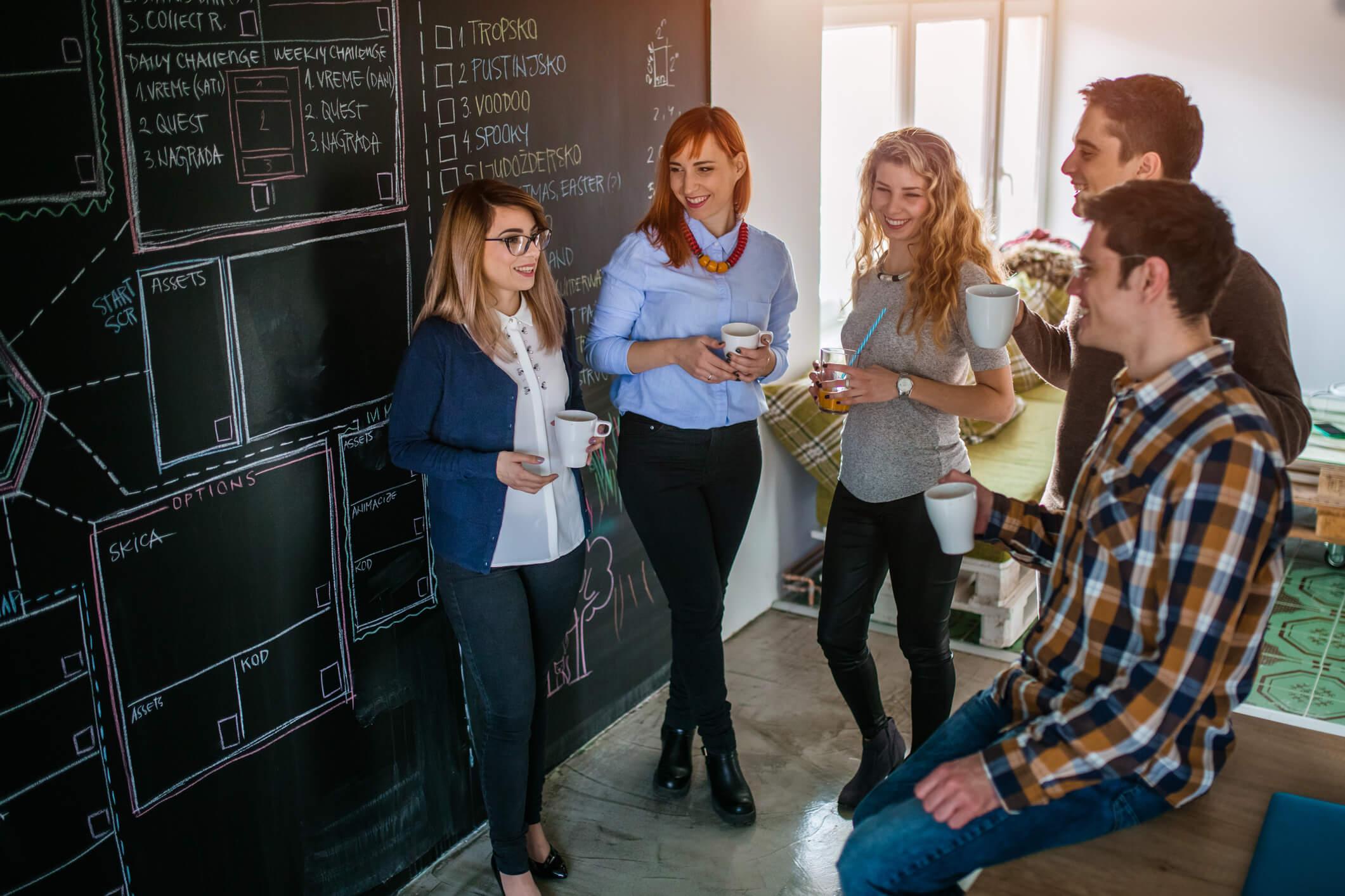 Hora do café: importância da pausa no trabalho - Exal