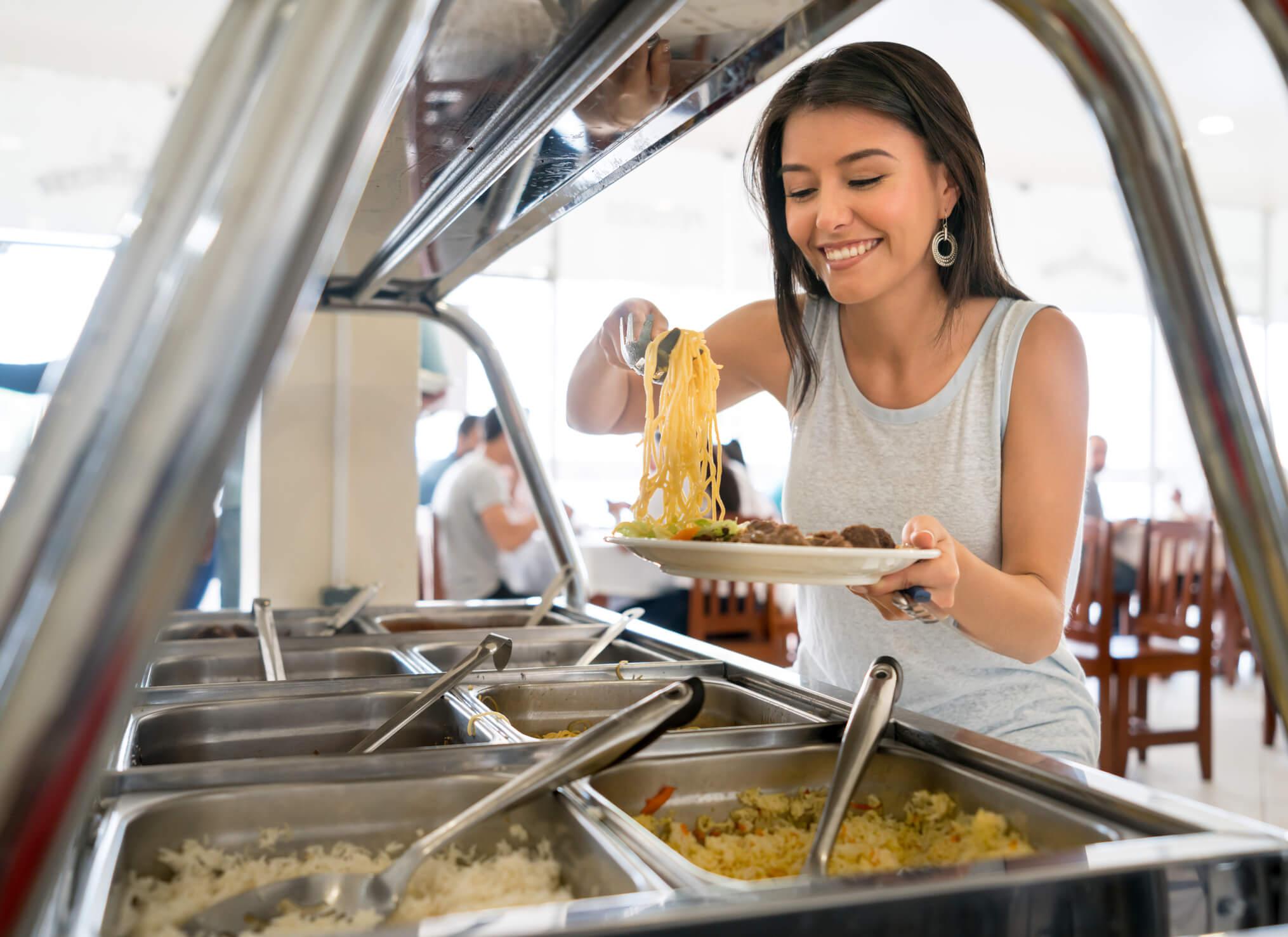 Como escolher fornecedores para restaurantes corporativos em fábricas?