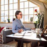 Ajuda de custo para funcionários em home office: quais são as regras da CLT?
