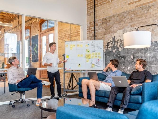 Como a gestão de facilities terceirizada pode aumentar os resultados de sua empresa – da capacitação à operação